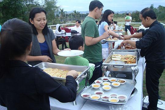 CWC-Breakfast-Guests
