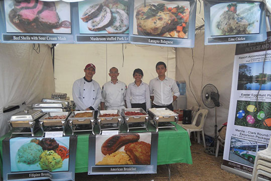 Hot-Air-Balloon-2013-Food-Stall-Staff